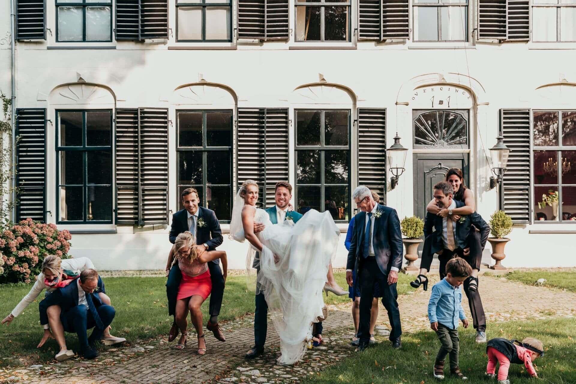 Bruiloft Annemiek en Harrald in Steenwijk en Landgoed Overcinge